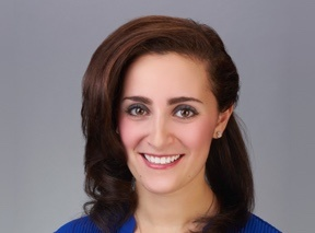 headshot of caitlin innerfield, md