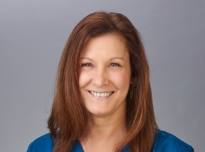 headshot of carla pianka, pa-c